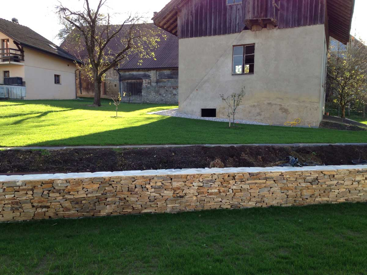Jardinier paysagiste eden paysagiste for Tarif paysagiste tonte pelouse